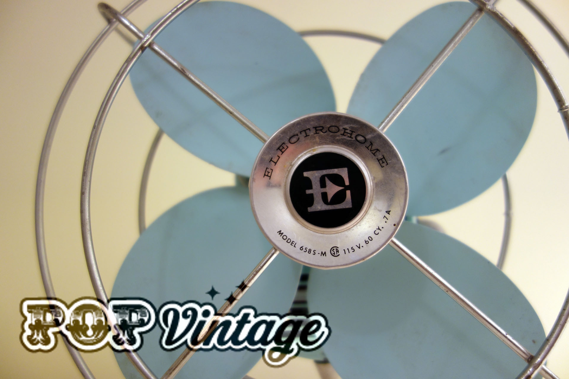 Vintage Electrohome baby blue table fan